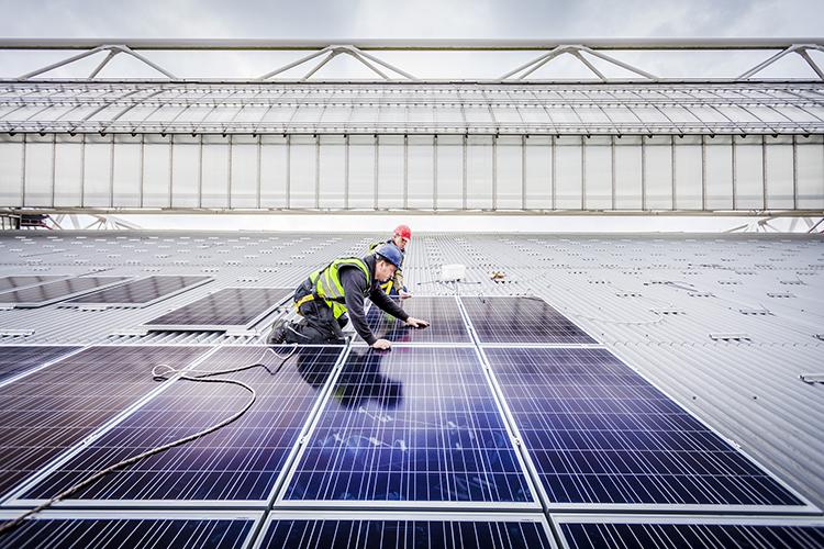 think-smartgrids-deploiement-industriel-projets-panneaux-solaires