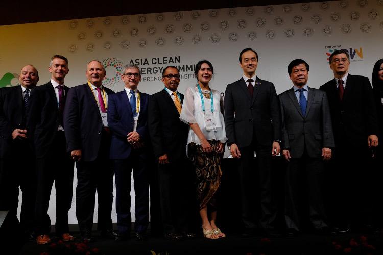 Think Smartgrids signature EDF NTU Monloubou Singapour